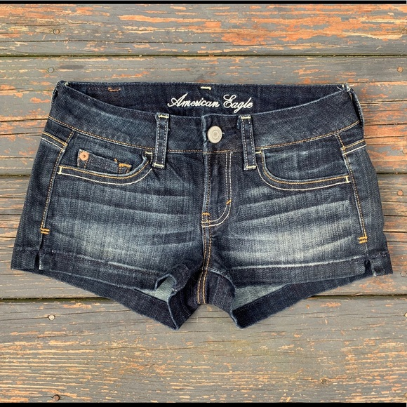 American Eagle 00 Shorts low rise vintage 90s 2000